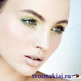 макияж-для-голубых-глаз-блондинок