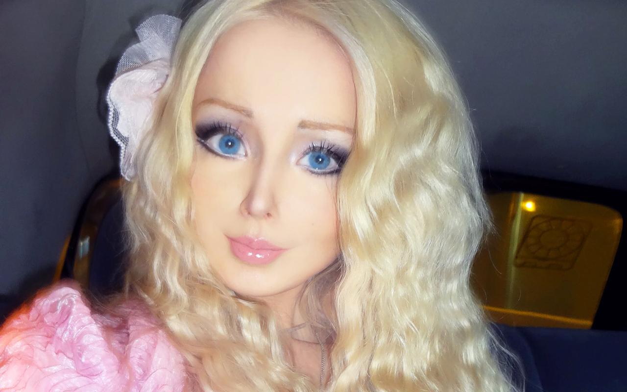 Как выглядеть куклой с макияжем