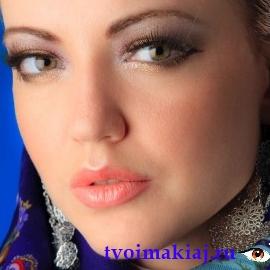 макияж для светло карих глаз