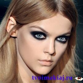макияж в черном стиле